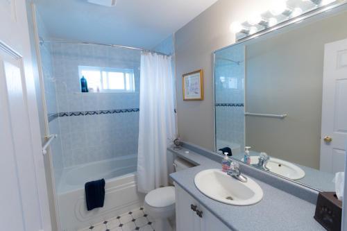 Bearspaw Inn & Suites - Houston, BC V0J 1Z0