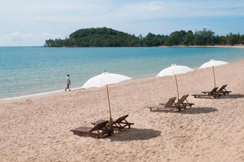 Prasarnsook Villa Beach Resort