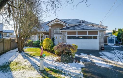 Jessicahouse Ltd. - Richmond, BC V7E 1C4