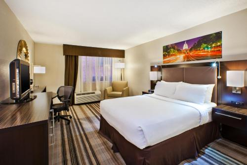 Holiday Inn Washington-Dulles International Airport Photo