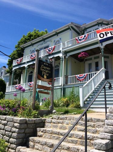 Captain Sawyer's Bed And Breakfast - Boothbay Harbor, ME 04538