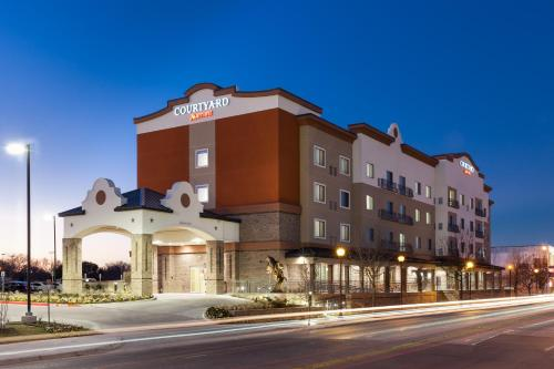 Foto de Courtyard by Marriott Fort Worth Historic Stockyards