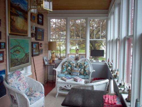 Parks Edge Inn - Millinocket, ME 04462
