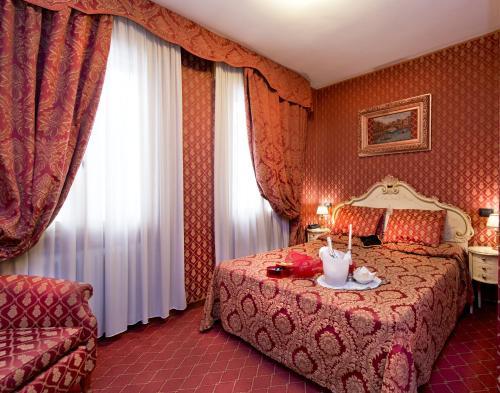 Hotel Mignon photo 19