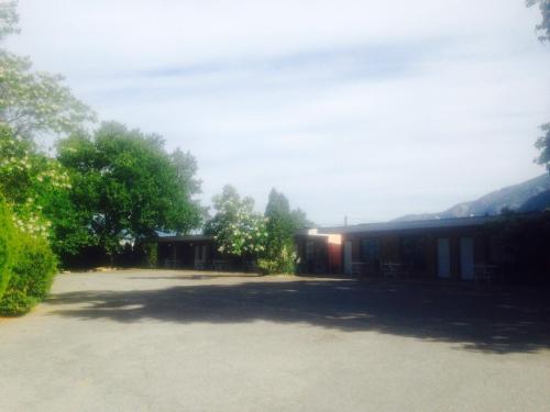 Highland Inn - Osoyoos, BC V0H 1V3