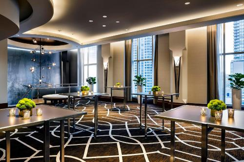 The Gwen, a Luxury Collection Hotel, Michigan Avenue Chicago photo 45