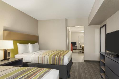 Country Inn & Suites by Radisson, Slidell-New Orleans East, LA Photo