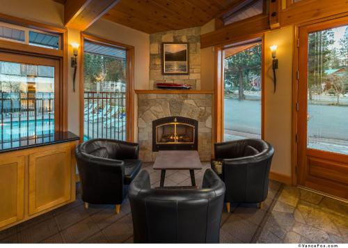 Firelite Lodge Photo