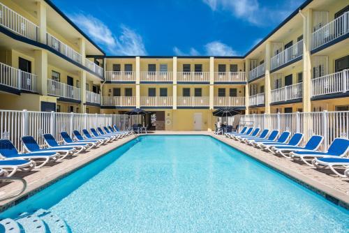 Days Inn Oceanfront Photo