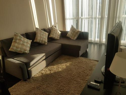 N2n Suites - Downtown City Suite - Toronto, ON M5V 4A5