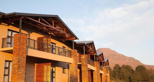 Premier Resort Sani Pass Photo