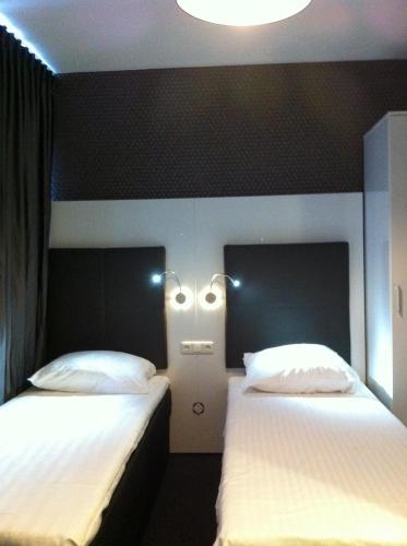 Hotel Vossius Vondelpark photo 11