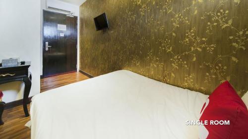 ZEN Rooms Jinshan Hotel photo 14