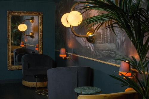 Snob Hotel by Elegancia photo 37