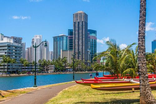 Hawaiian Monarch Ph303 Oceanview - Honolulu, HI 96815