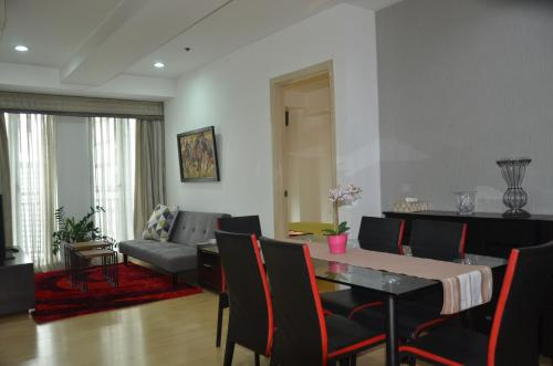 HotelSoho Central Condominium
