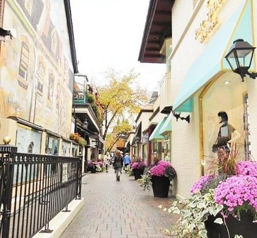 Yorkville Business Travel 2 Beds - Toronto, ON M5R 1C4