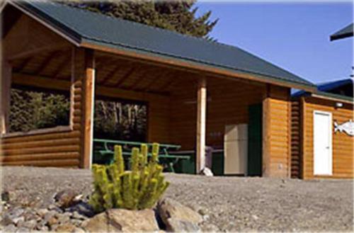 A Fisherman's Resort Cabin - Homer, AK 99603