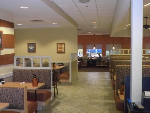 Comfort Inn St. Catharines Niagara Photo