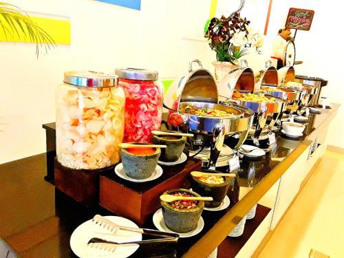 Amaris Hotel Nagoya Hill - Batam photo 14