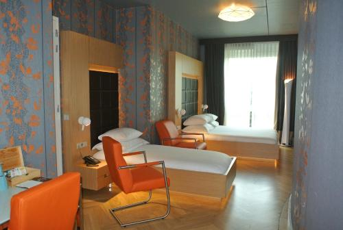 Amadi Park Hotel photo 20