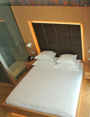 Amadi Park Hotel photo 46