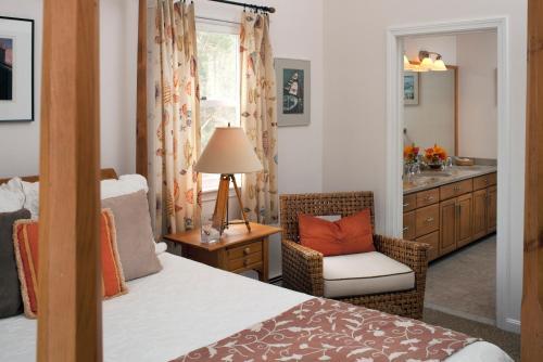 High Pointe Inn - West Barnstable Photo