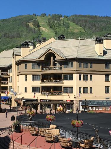 Park Plaza Beaver Creek Photo