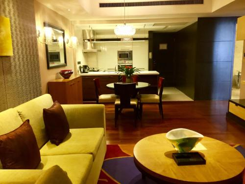 The Sandalwood Beijing Marriott Executive Apartments photo 14