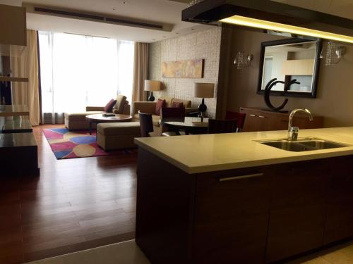 The Sandalwood Beijing Marriott Executive Apartments photo 15