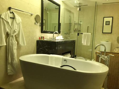 The Sandalwood Beijing Marriott Executive Apartments photo 26