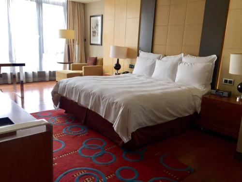 The Sandalwood Beijing Marriott Executive Apartments photo 43
