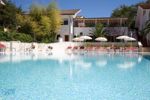 Hotel giardino suites&spa numana in italy