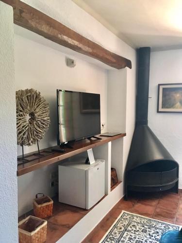 Habitación Cuádruple con baño compartido - Uso individual Mas de Baix 1
