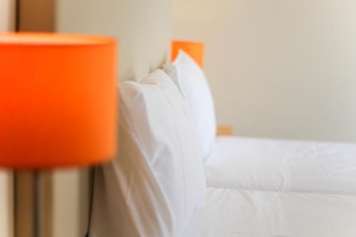 HotelCampanha Studios - Orange