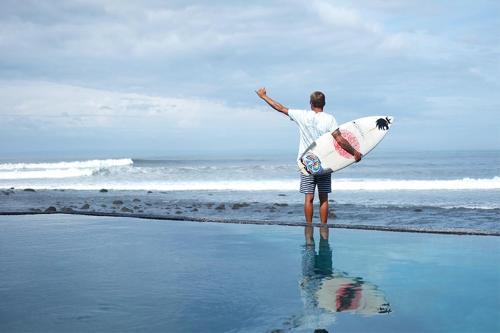 Jl. Pantai Medewi, Medewi, Pekutatan, Kabupaten Jembrana, Bali, Indonesia.