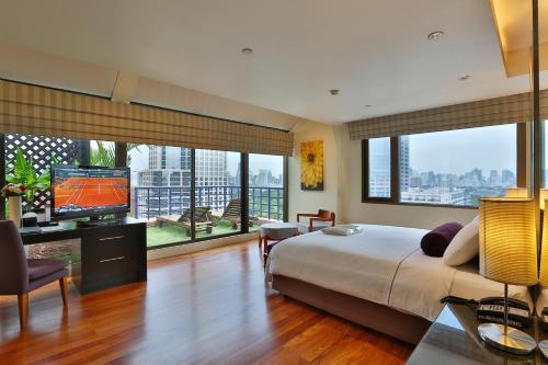 Siri Sathorn Hotel photo 51