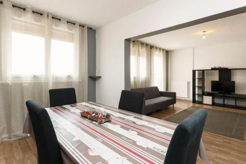 HotelApart 75m2 - 2 rooms - Parking