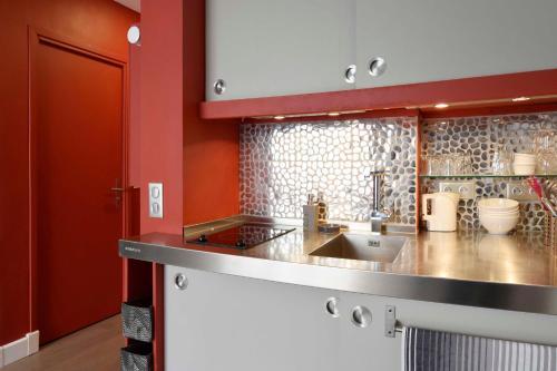 Parisian Home - Appartements Montparnasse photo 6