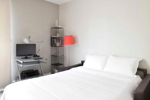 Parisian Home - Appartements Montparnasse photo 16