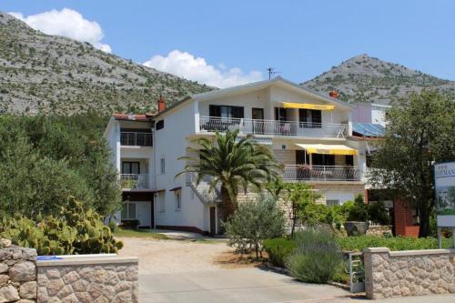 Apartment Starigrad 6527e