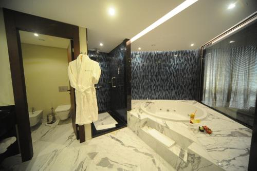 Pullman Istanbul Airport Hotel & Convention Center photo 39