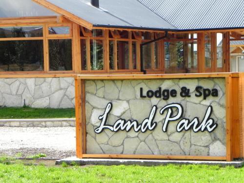 Foto de Land Park Lodge & Spa