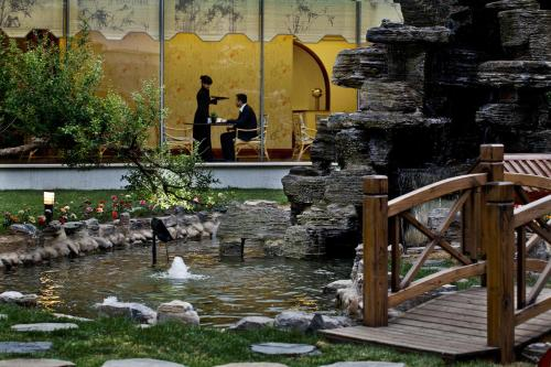 Beijing International Hotel photo 5