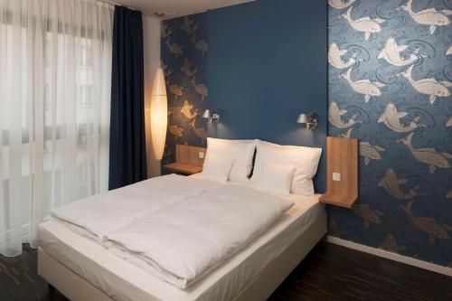GRIMM's Hotel Mitte photo 2