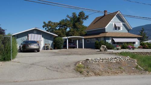 Solly Road B&b - Summerland, BC V0H 1Z1