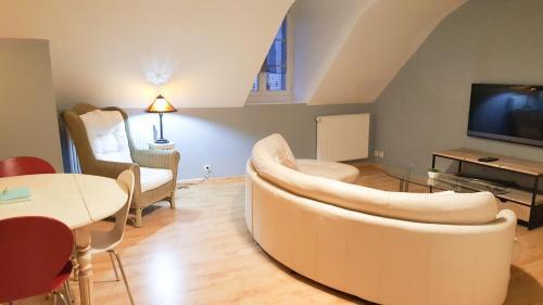 Appartement proche soulages location saisonni re 2 rue for Trouver hotel proche adresse