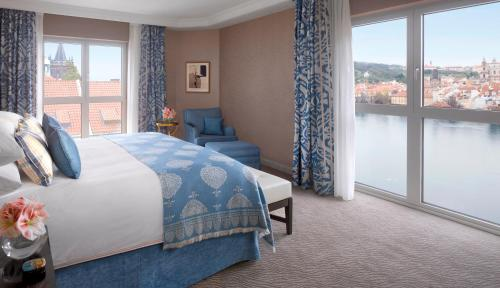 Four Seasons Hotel Prague