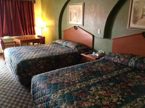 Americas Best Value Inn San Antonio Downtown I10 East - San Antonio, TX 78219