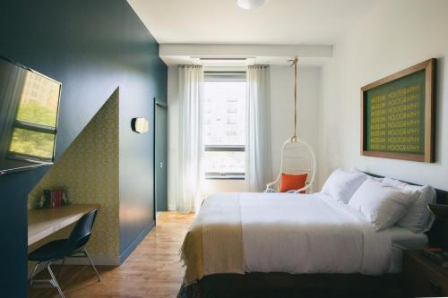 The Publishing House Bed And Breakfast - Chicago, IL 60607